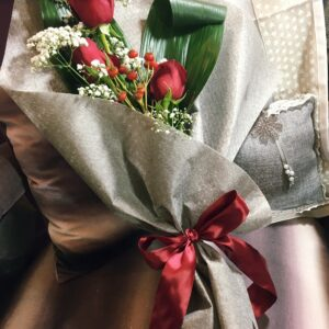 mazzo di 3 rose rosse